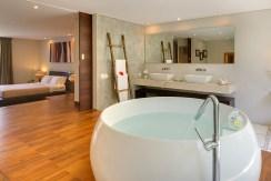 Villa Kailasha_0010_05-The Layar - 2 bedroom - Bathroom
