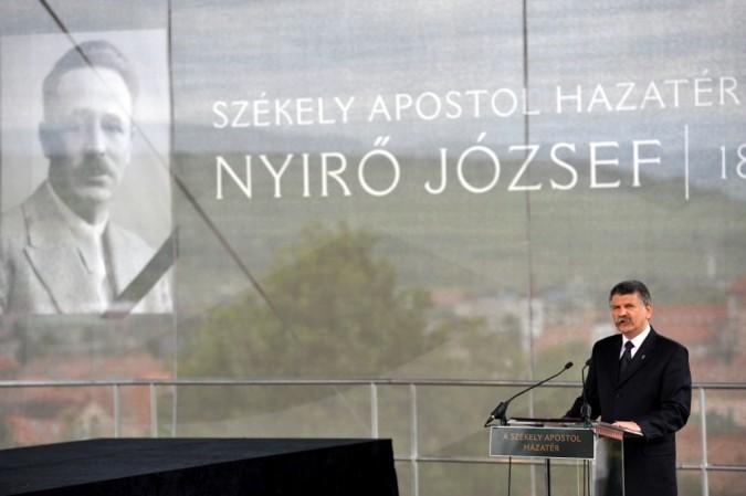 el-reburial-de-nyro-habla-el-vocero-nacional-laszlo-kover