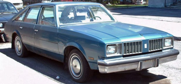 1979_oldsmobile_cutlass_salon_fastback_4-door