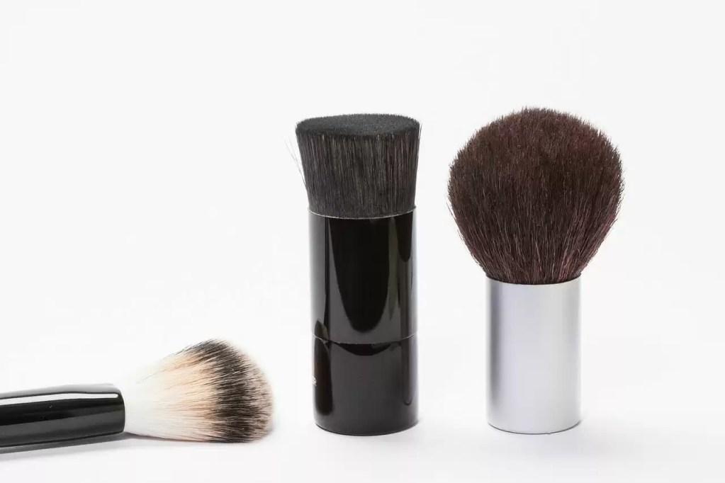 brush, cosmetics, kabuki brush