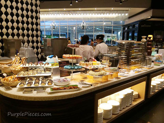 Vikings Luxury Buffet Review