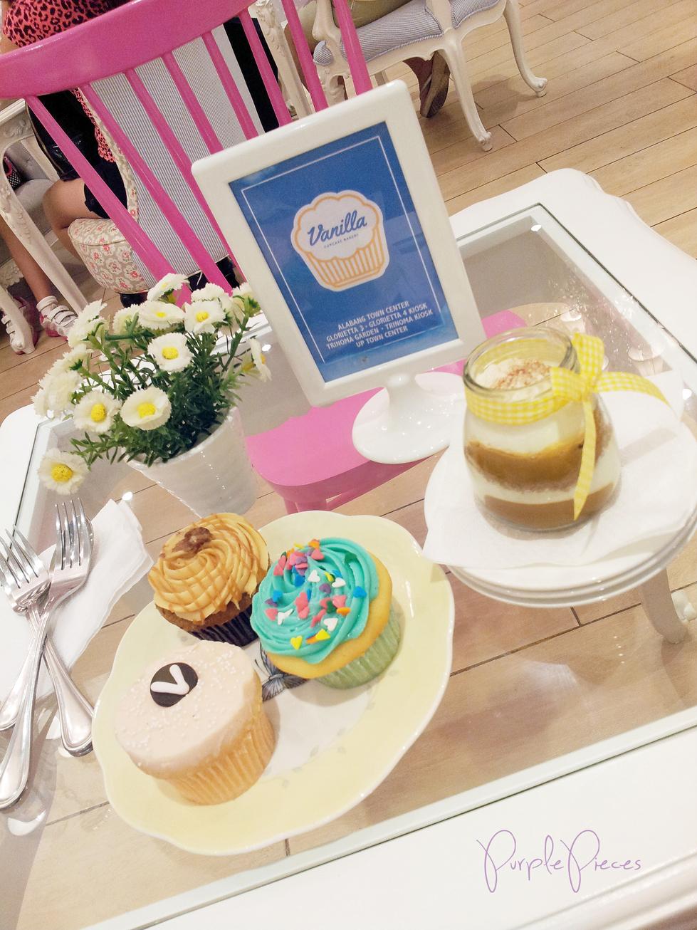 vanilla-cupcake-bakery-cafe-cupcake-wonderland