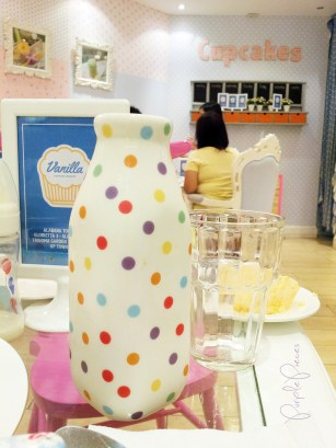 Vanilla Cupcake Bakery Decor