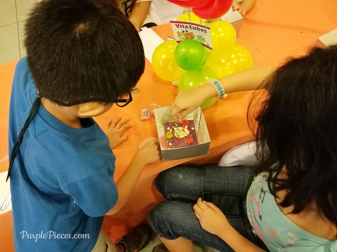 Vita-Cubes-2Good-Fun-Day-Cake-Decorating