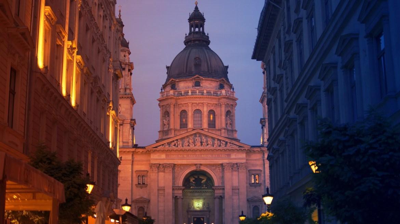 St Stephens basilica visiting Budapest