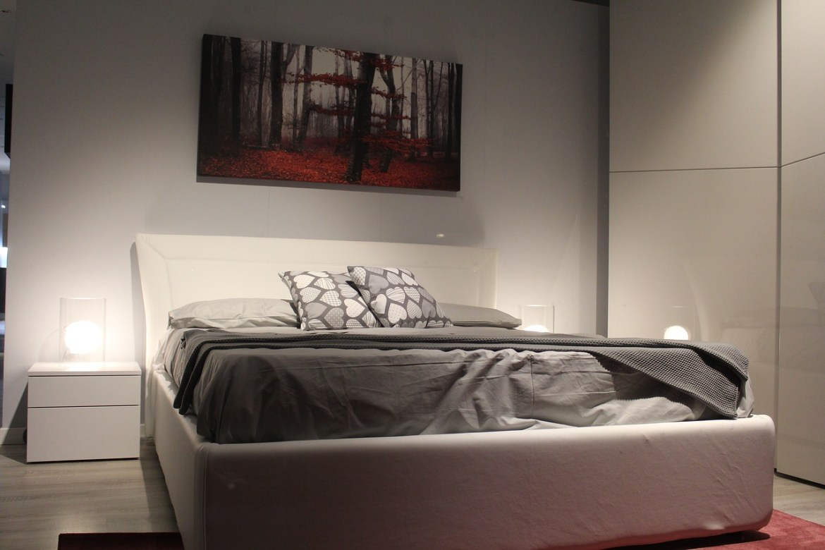 have trouble falling asleep boxspring bed abbl
