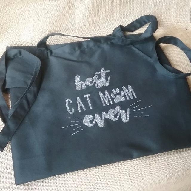 'Best Cat Mum Ever' black aprons
