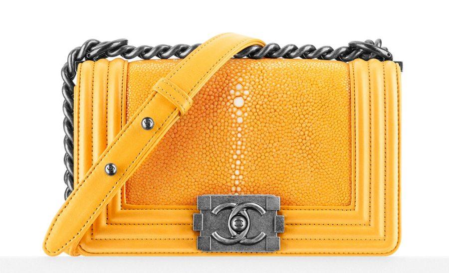 Chanel-Small-Stingray-Boy-Bag-Geel