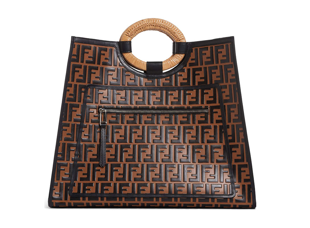 Hand Carried Totes Are Springs Most Stylish And Least