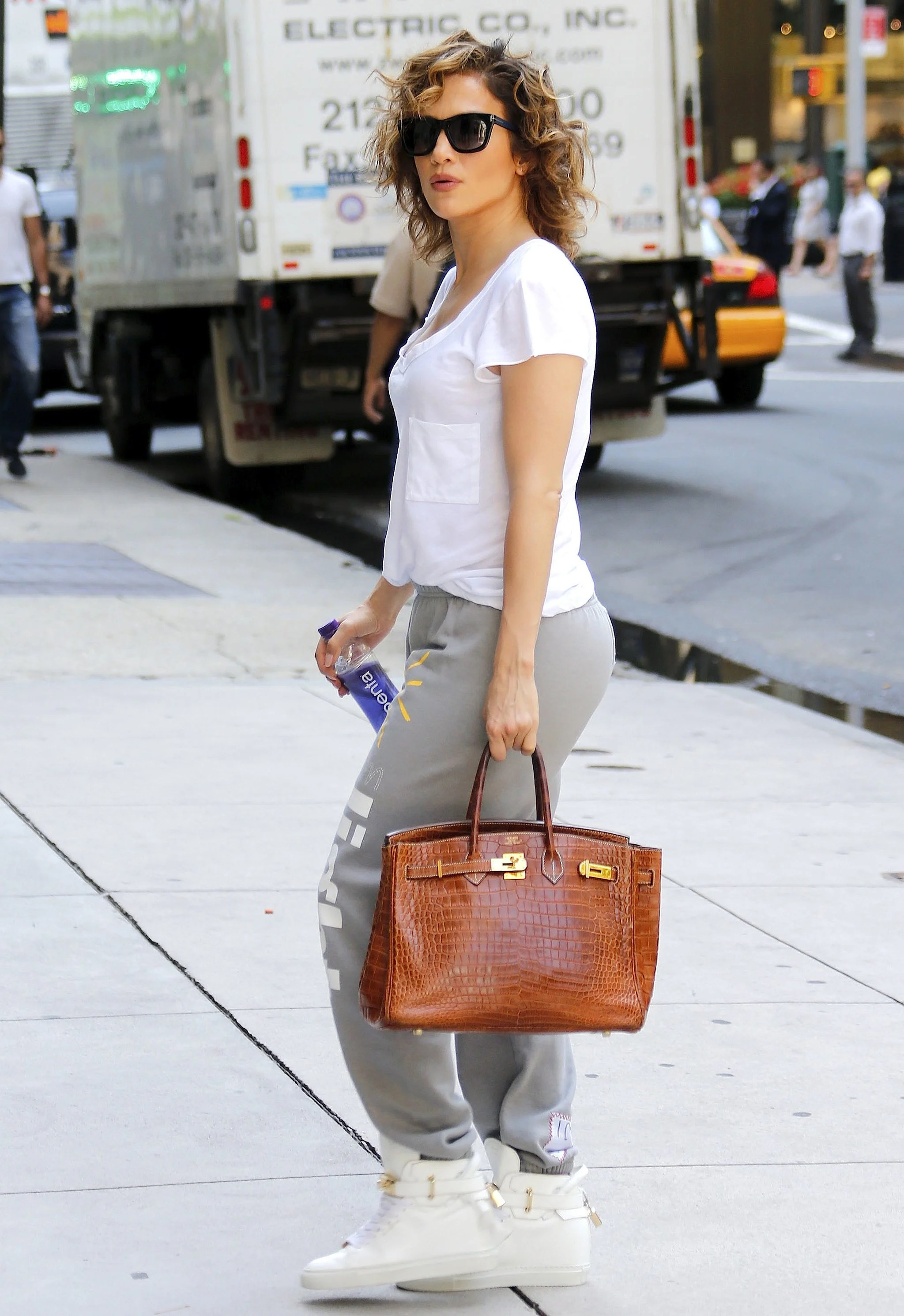 Celebrity Hermes Birkin Bags: Sandra Bullock in The ...