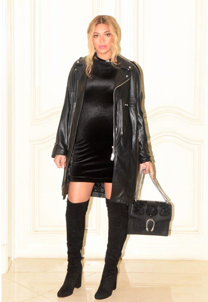 sauna-blonde-black-dress-gucci-bag