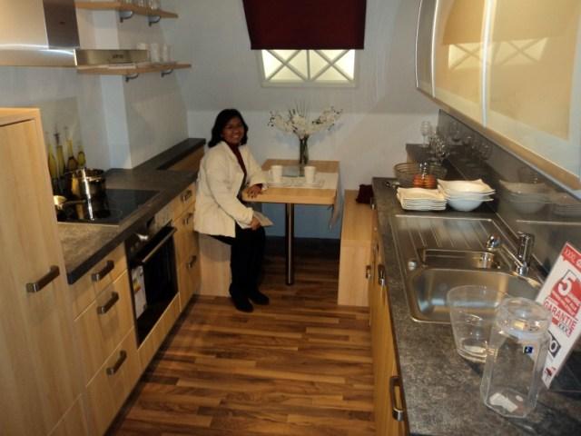 Model dapur minimalis, untuk ruang yang tidak luas.