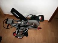 Mesin Pemotong Kayu sudah mantap banget kan mesinnya, semoga sering bikin prakarya dari kayu untuk ku yaa