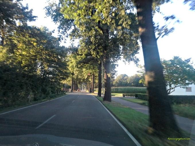 Penginapan Kami di Belanda. Suka banget pemandangan begini. hampir sampai Penginapan