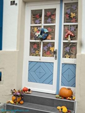 Tampak Dekat Autumn Decoration