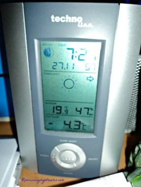 Menggigil di Musim Dingin. Pagi tadi 27 Nov 2013 jam 7.21 Suhunya minus 4,3 brrrr