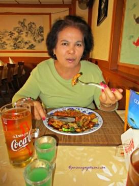 Makan sepuasnya di Restoran