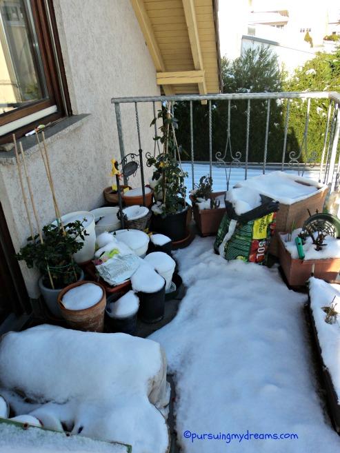 Bagaimana cara bersihkan salju tebal begini
