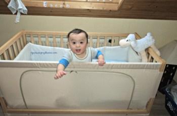 Benjamin kalau seperti ini manis banget kan senyum pasta gigi bikin adem hati mamaknya