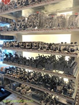 Oleh-oleh atau souvenir dari Belanda, serba keramik