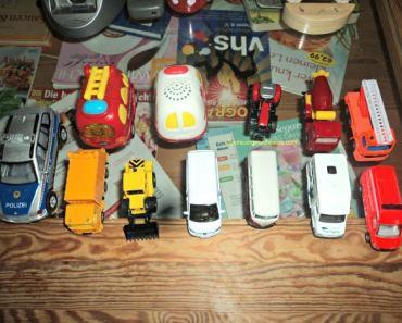 Tampak atas aneka mobil-mobilan Benjamin