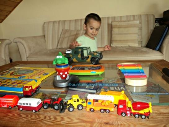 Mainan Favorit mobil-mobilan tiada hari tanpa mobil