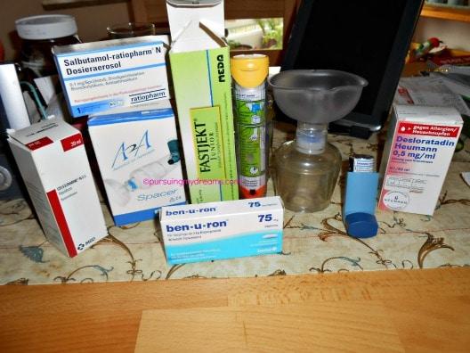 Peralatan medis dan obat Benjamin kalau misal terkena akibat alergi berat