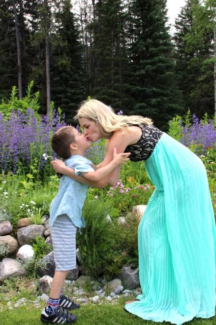 motherhood Banff National Park Canada Harper's Hats Love