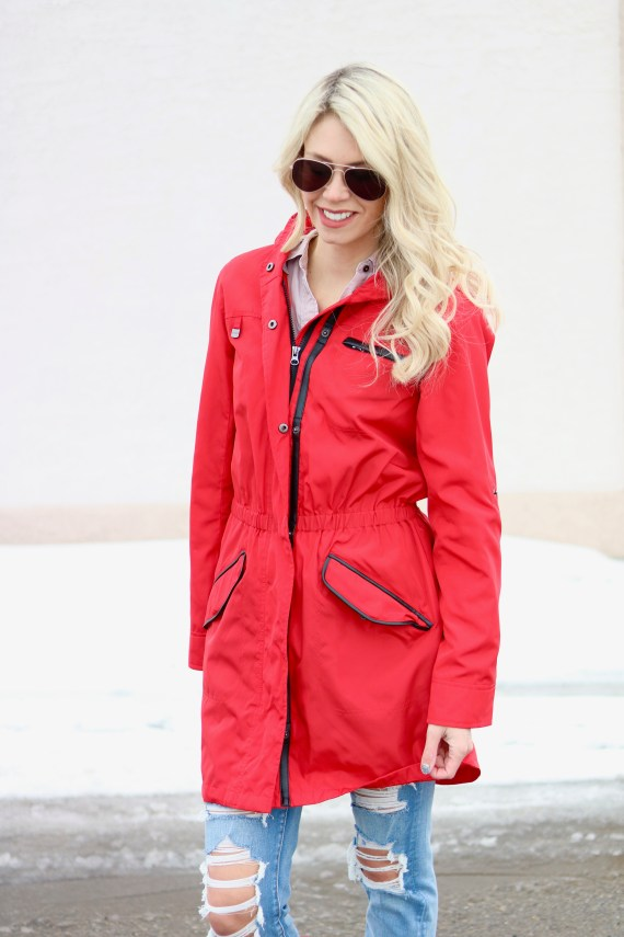 Spring Wardrobe Essentials - Red Hunter Boots - Red Raincoat - Umbrella #fashion #style #springstyle #springtime #ootd #outfitinspiration
