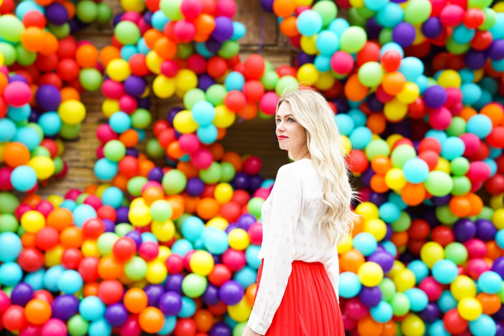 How to Look & FEEL Beautiful in your 30s and 40s! 10 Tips to look your best and feel confident! Calgary Ballon House