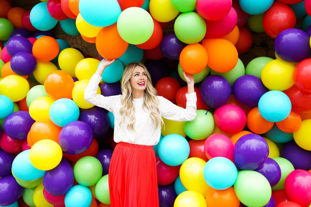Beakerhead Calgary Balloon House - Instagram Pursuing Pretty