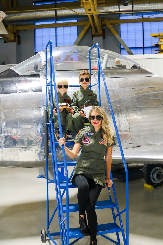 Top Gun Halloween Costumes for Family - Goose and Maverick costumes for adults and kids - Halloween costume ideas - #halloween #familycostumes #topgun #halloweencostumes #costumeideas