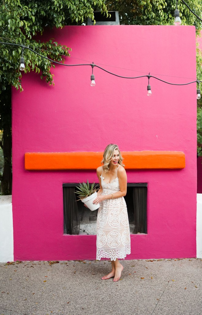 Instagram Spots in Scottsdale, Arizona - the Saguaro Hotel - Saguaro Scottsdale - Instagram photos in Arizona - Instagrammable places in Arizona