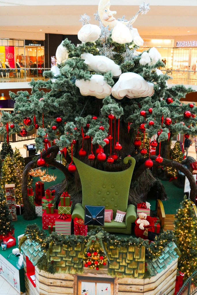Soouthcentre Mall Santa - the Enchanted Forest - Santa's Village in Calgary