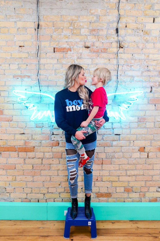 Calgary mom blogger and influencer - Pursuing Pretty