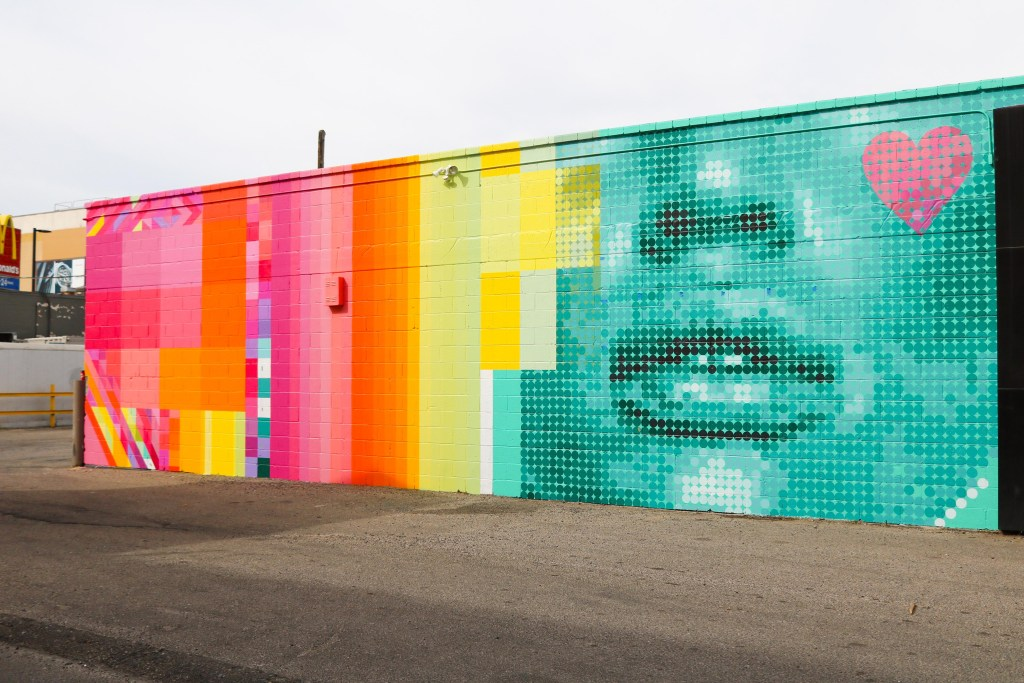 New instagram murals in Calgary -colourful walls for photos - wall guide with map by local blogger Pursuing Pretty - #travelguide #travel #mural #instagram