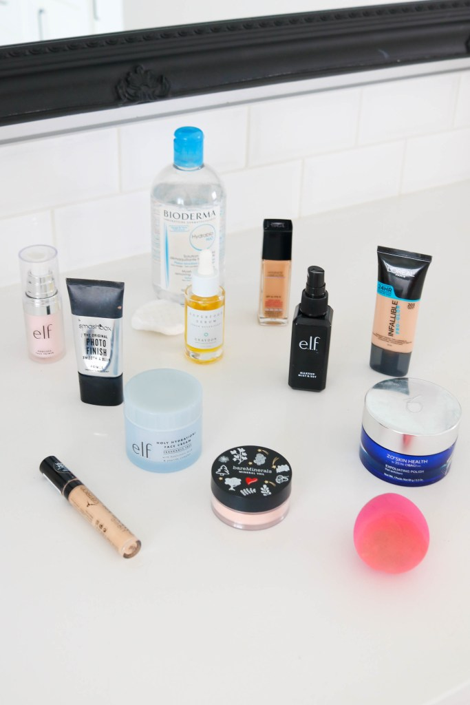 The best beauty picks to get flawless, dewy, foundation that lasts all day long! How to apply foundation.