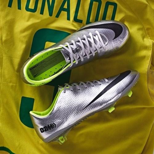 Nike Mercurial Vapor - IX Ronaldo-Inspired