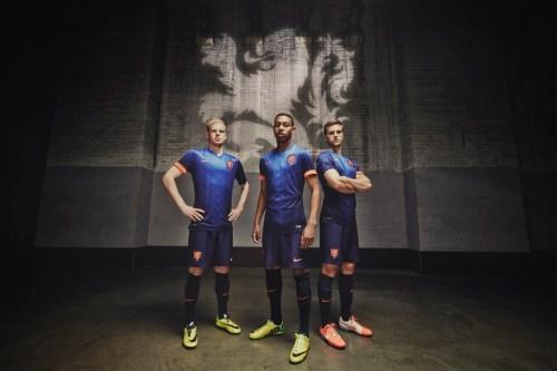 Netherlands Away 2014 4
