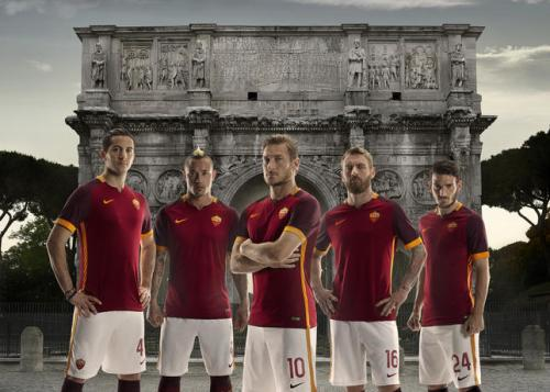 AS Roma 2015-16 Home