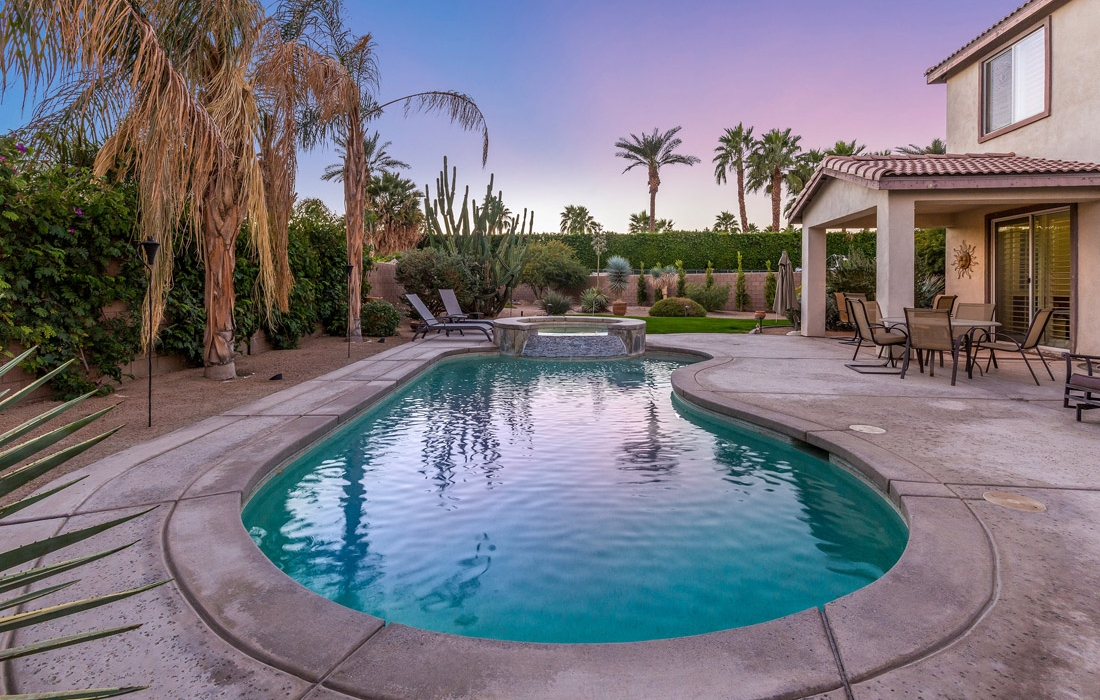 Greta Gallery House Palm Vacation Rentals Indio Valley Air BnB VRBO_32