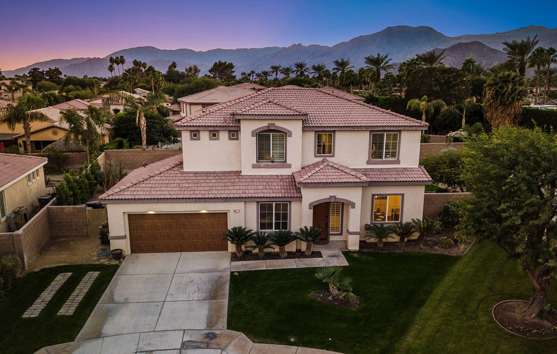 Greta Gallery House Palm Vacation Rentals Indio Valley Air BnB VRBO_47