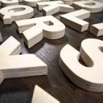 Alfabeto di legno foto in prospettiva