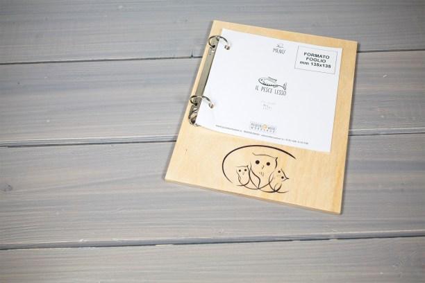 Barcarello portamenu in legno con anelli
