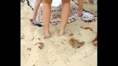Peladinha na praia…antes de levar pica!!!
