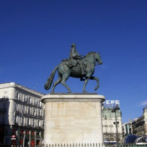 Monument Carlos III - Puerta del Sol
