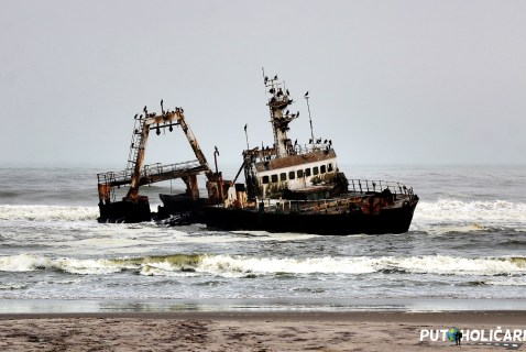 skeleton coast 2