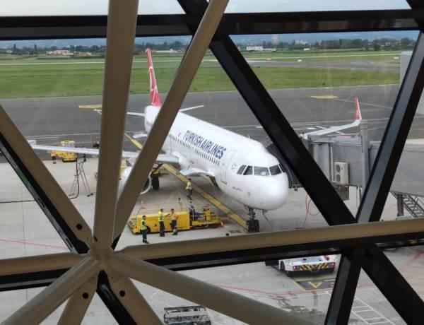 Lista aviokompanija koje nude besplatni hotel kod presjedanja