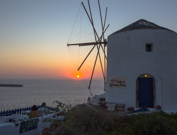 Santorini – plavo-bijeli svijet