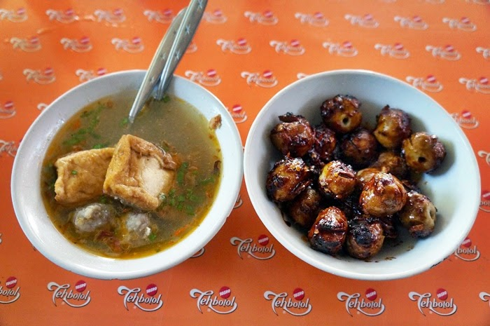 Kuliner Malang : Bakso Bakar Pak Man